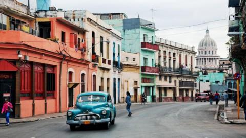 Guerlain suit les pas de Chanel à Cuba